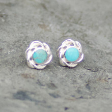 Kingman turquoise and sterling silver round weave edge stud earrings