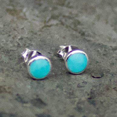 Hand crafted Kingman turquoise and sterling silver edge round stud earrings