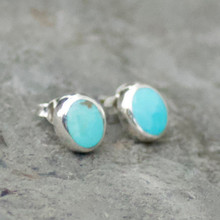 kingman turquoise and sterling silver oval stud earrings