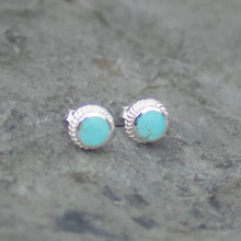 kingman turquoise and sterling silver round rope edge stud earrings