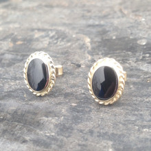 Whitby Jet and 9ct gold rope edge stud earrings