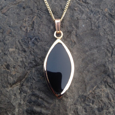 """Large Whitby Jet 9ct gold marquise cut pendant on 18"""" chain"""