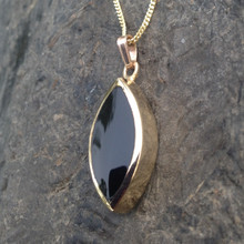 Hand crafted Whitby Jet and 9ct gold marquise necklace
