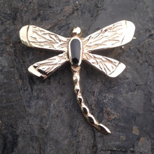Handmade Whitby Jet 9ct gold dragonfly pin brooch