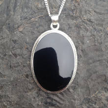 Large oval rope edge Whitby Jet and sterling silver pendant