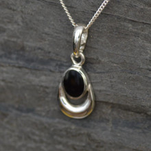 Whitby Jet Oval Pendant 023CP