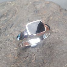 whitby jet and sterling silver oblong stone ring
