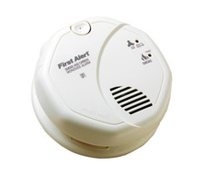 First Alert Smoke & Carbon Monoxide CO Detector Alarm Battery Powered