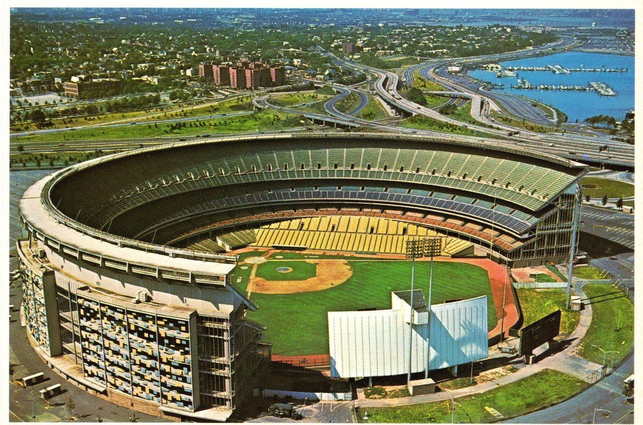 Shea Stadium (137, B10208) - Stadium Postcards
