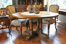 Silverlake Quadruple-Turned Pedestal Dining Table