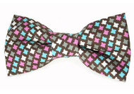 Raspberry Houndstooth Bow Tie For Dogs