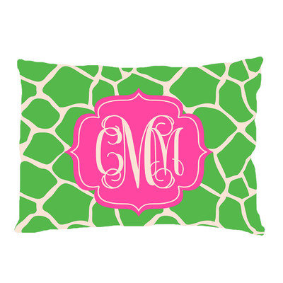 PILLOWCASE- Apple Green Giraffe
