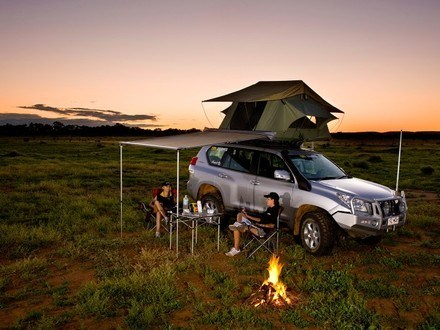tjm-yulara-roof-top-tent-tjm-australia-4x4-accessories-4x4-roof-top-tents-australia-s-290901777d0b0e9b.jpg