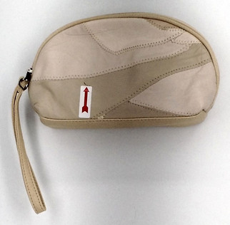 Madi Claire Sz Small Upsell Cosmetic Case Soft Bone Ivory S419751
