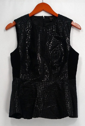G.I.L.I Top Sz 8 Printed Faux Leather Sleeveless w/ Tie Belt Black A280978