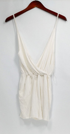 Liz Jumpsuits Sz S Stretch Knit Pocketed V Neck Romper White