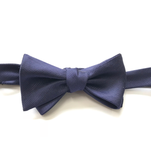 NAVY SILK BOW TIE (SELF-TIE)