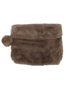 BAG ACCESSORY / SOFT FAUX FUR / CLUTCH / ZIPPER MAGNETIC CLOSURE / INTERIOR SLIP POCKET / CROSSBODY / REMOVABLE CHAIN STRAP / REMOVABLE POMPOM KEYCHAIN / 100% ACRYLIC / 13 INCH WIDE / 10 INCH TALL / ONE SIZE / NICKEL AND LEAD COMPLIANT