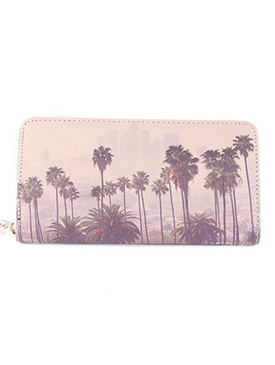 BAG ACCESSORY / LA SKYLINE / FAUX LEATHER CLUTCH WALLET / ZIPPER / COIN POCKET / CASH POCKET / CREDIT CARD POCKET / ONE SIZE / 8 INCH WIDE / 4 INCH TALL / NICKEL AND LEAD COMPLIANT