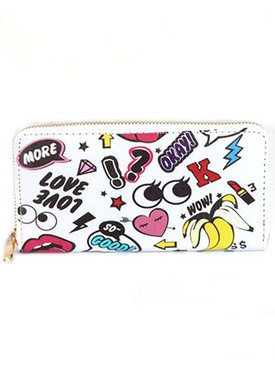 BAG ACCESSORY / CHARACTER PRINT / VINYL CLUTCH WALLET / ZIPPER / COIN POCKET / CASH POCKET / CREDIT CARD POCKET / ONE SIZE / 7 1/2 INCH WIDE / 4 INCH TALL / NICKEL AND LEAD COMPLIANT