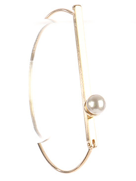 Bracelet / Pearl Charm / Metal Wire Cuff / Metal Bar / 2 5/8 Inch Diameter / 1/4 Inch Tall / Nickel And Lead Compliant