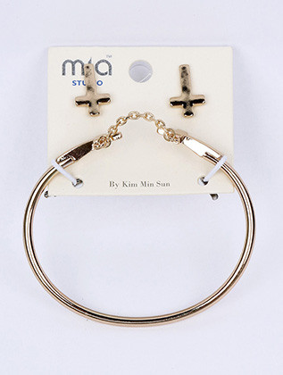Bracelet / Double Cross Metal Cuff / And Earring / Set / Chain / 2 1/2 Inch Diameter / 1 Inch Tall / Nickel And Lead Compliant