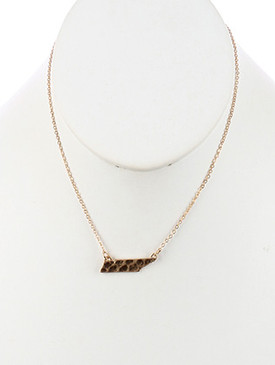 NECKLACE / MATTE FINISH METAL / STATE OF TENNESSEE / HAMMERED / CHAIN / 16 INCH LONG / 1/3 INCH DROP / NICKEL AND LEAD COMPLIANT