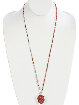 NECKLACE / DRUZY STYLE / NATURAL STONE PENDANT / NATURAL STONE FINISH / BEADED / KNOTTED YARN / 34 INCH LONG / 1 7/8 INCH DROP / NICKEL AND LEAD COMPLIANT