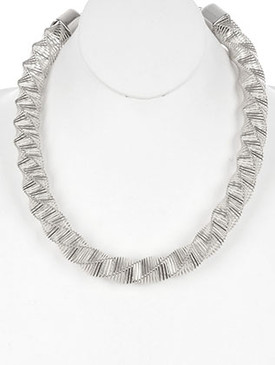 NECKLACE / TWISTED COIL WIRE / SPRING BIB / METAL SETTING / 22 INCH LONG / 1 INCH DROP / NICKEL AND LEAD COMPLIANT