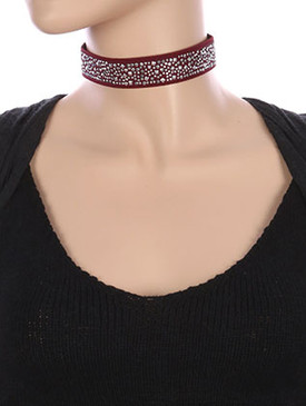 NECKLACE / METALLIC STUD CLUSTER / ELASTIC CHOKER / STRETCHY / 12 INCH LONG / 1 INCH DROP / NICKEL AND LEAD COMPLIANT