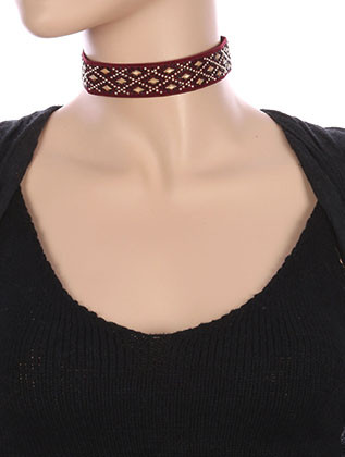 NECKLACE / DIAMOND PATTERN METALLIC STUD / ELASTIC CHOKER / STRETCHY / 12 INCH LONG / 1 INCH DROP / NICKEL AND LEAD COMPLIANT