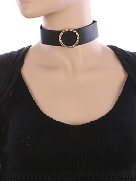NECKLACE / HAMMERED METAL RING / FAUX LEATHER CHOKER / 12 INCH LONG / 1 1/2 INCH DROP / NICKEL AND LEAD COMPLIANT