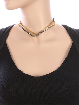 NECKLACE / V SHAPE / HAMMERED METAL CHOKER / METALLIC RIBBON / 12 INCH LONG / 2 INCH DROP / NICKEL AND LEAD COMPLIANT