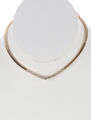 NECKLACE / PAVE CRYSTAL STONE / V SHAPE METAL CHOKER / 5 INCH DIAMETER / 1/8 INCH DROP / NICKEL AND LEAD COMPLIANT