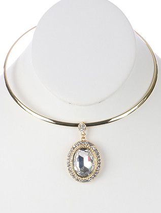 NECKLACE / FACETED GLASS STONE PENDANT / METAL CHOKER / PAVE CRYSTAL STONE / OVAL / METAL FRAME / HOOK CLOSURE / 5 INCH DIAMETER / 2 1/8 INCH DROP / NICKEL AND LEAD COMPLIANT