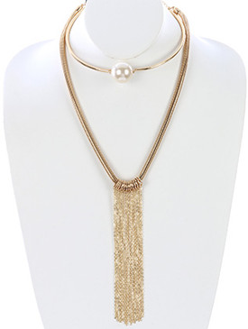 NECKLACE / LONG CHAIN FRINGE / DOUBLE LAYER CHOKER / PEARL / METAL RING / COCOON CHAIN / 5 INCH DIAMETER / 11 1/2 INCH DROP / NICKEL AND LEAD COMPLIANT