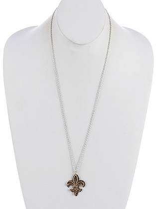 NECKLACE / FLEUR DE LIS CUTOUT / MATTE FINISH METAL / TWO TONE / HAMMERED AGED FINISH / 30 INCH LONG / 2 INCH DROP / NICKEL AND LEAD COMPLIANT