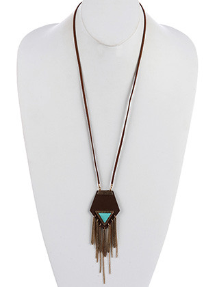 NECKLACE / NATURAL LUCITE STONE / AGED FINISH METAL FRINGE / FAUX LEATHER SETTING / TEXTURED METAL / 28 INCH LONG / 5 1/2 INCH DROP / NICKEL AND LEAD COMPLIANT