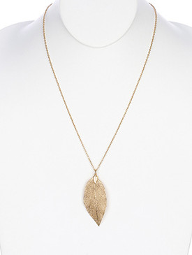 NECKLACE / FILIGREE / METAL LEAF / CUTOUT / 24 INCH LONG / 2 3/4 INCH DROP / LEAF SIZES VARY / NICKEL AND LEAD COMPLIANT