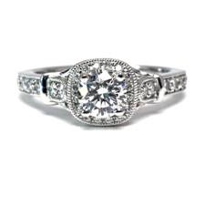 14K WHITE GOLD VINTAGE STYLED ROUND DIAMOND ENGAGEMENT RING (0.94CTW)