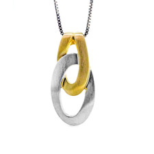 BREUNING DESIGNED STERLING SILVER TWO TONE LINK STYLE FASHION PENDANT WITH CHAIN