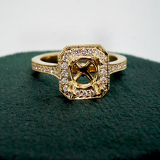14K YELLOW GOLD - VINTAGE ART DECO STYLE DIAMOND HALO ENGAGEMENT RING SETTING (0.33CT)