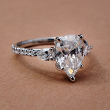 14K WHITE GOLD - 1.55CT PEAR SHAPED THREE STONE DIAMOND ENGAGEMENT RING