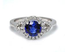 18K White Gold - 1.07ct Round Blue Sapphire & Diamond Halo Gemstone Fashion Ring