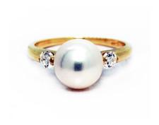 14K Yellow Gold - 8mm Round Pearl Diamond Three Stone Fashion Ring (0.20ct)