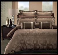 Janet 7PC Duvet Cover Sets by Royal Hotel Collection