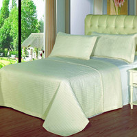 Luxury Ivory Checkered Quilted Wrinkle Free Microfiber 3 Piece Coverlets Set