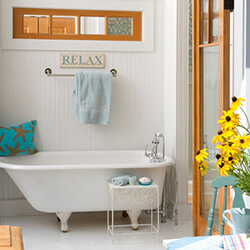 find home design and rennovation ideas for bathrooms that feature transom windows