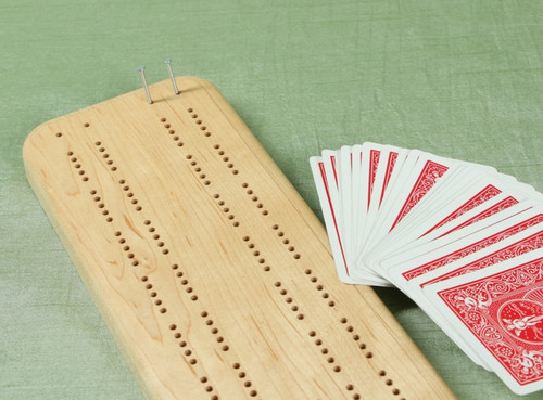 Maple Cribbage board offers hours of fun