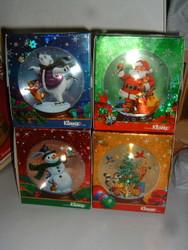 "KLEENIX CHRISTMAS SNOWGLOBE TISSUES 2003 Set of 4 Unused 5"" x 4 1/2"" x 4 1/2"""